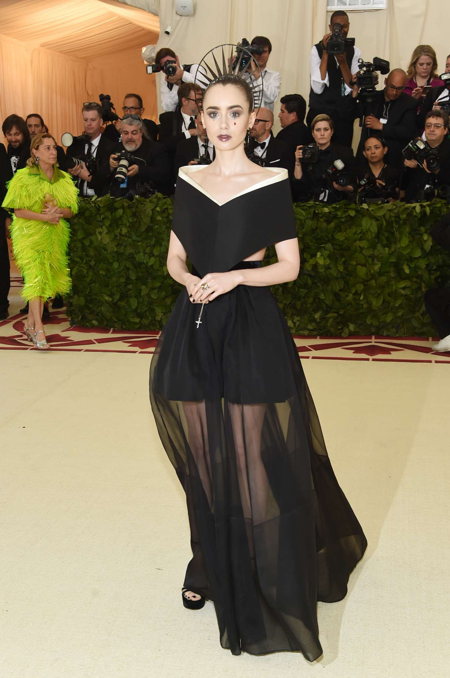 lily collins bbest
